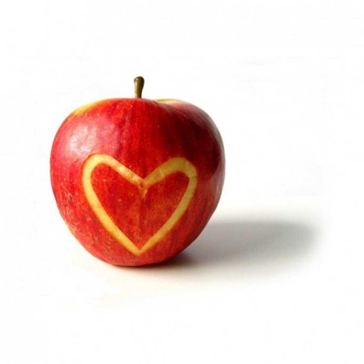 apple heart wallpaper
