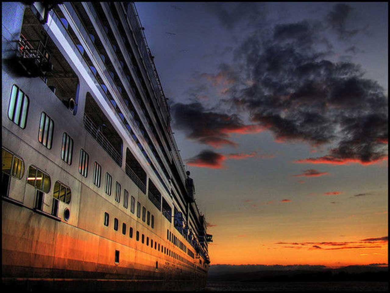 sunset cruise wallpaper